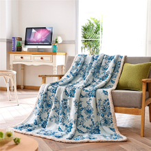 Wholesale Promotional Adults 100 Polyester Solid Flannel Blanket
