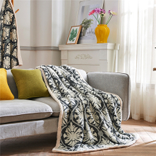 Wholesale Good Quality Fashion Flower Flannel Blanket